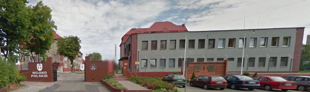 budynek-jednostki-wojskowej