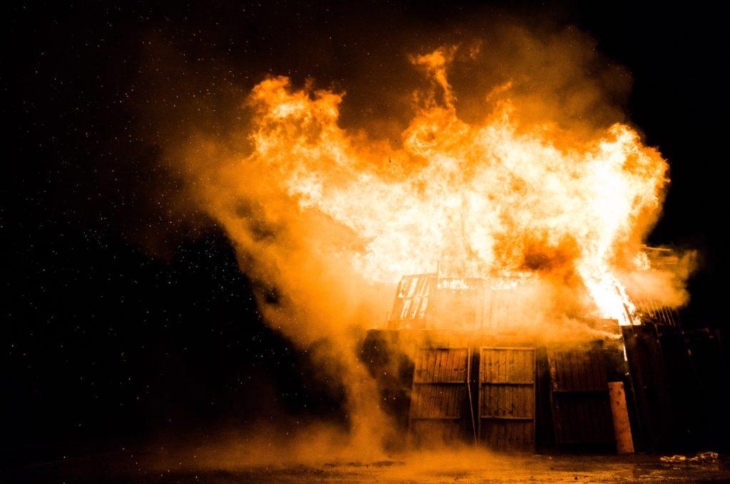Jak chronić się przed pożarem?